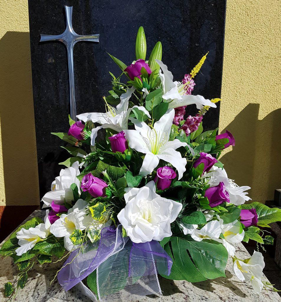 Stroiki Wielkanocne na cmentarz Krosno Odrz